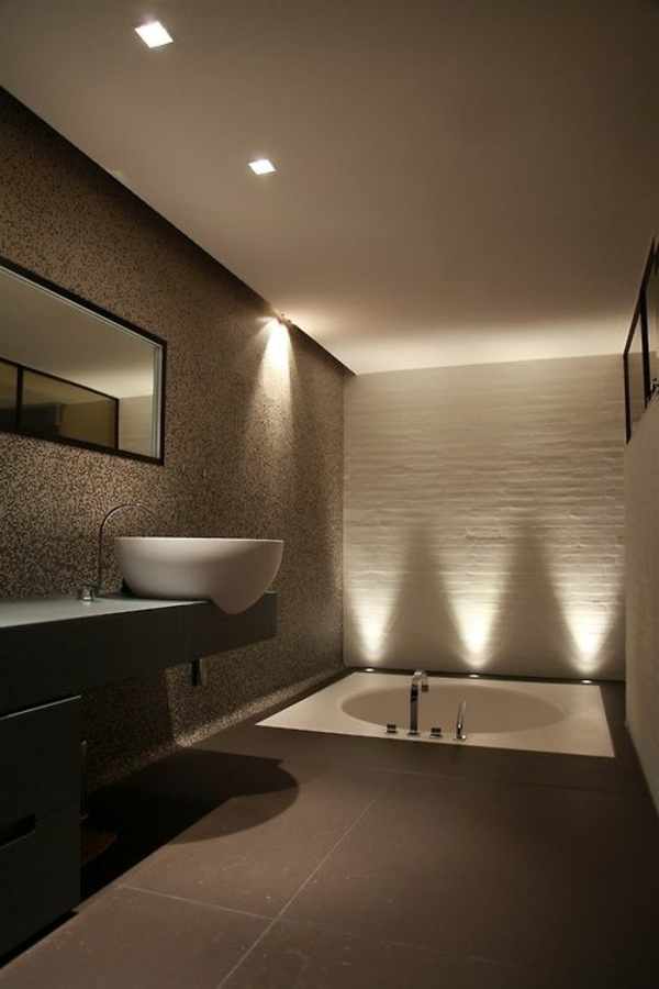 Modernes badezimmer ideen zur inspiration 140 fotos for Ideen lampe bad