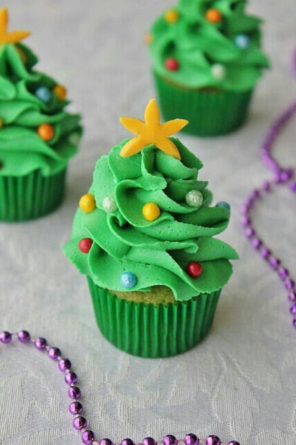 Rezepten-Cupcakes-für-Weihnachten-Weihnachtsbäume