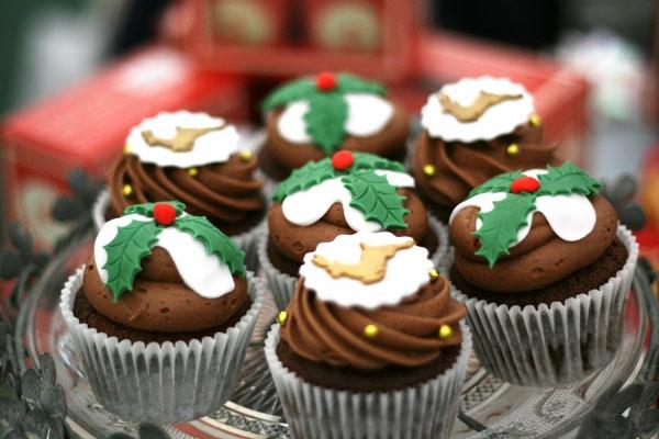 Rezepten-Schokoladen-Cupcakes-für-Weihnachten