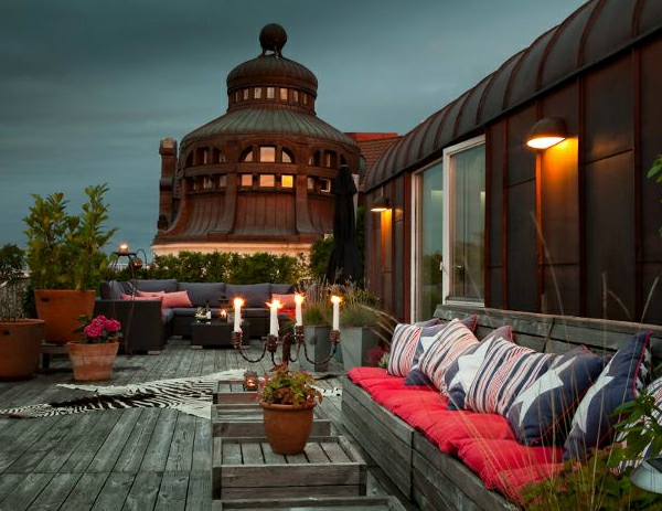 Terrasse-mit-modernen-Möbeln-gestalten-Dachterrasse