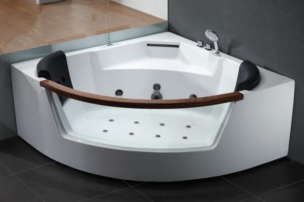 Whirlpool-Luxus-Design-für-das-Badezimmer-