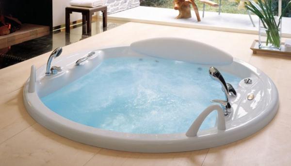 -Whirlpool-Luxus-Design-für-das-Badezimmer-