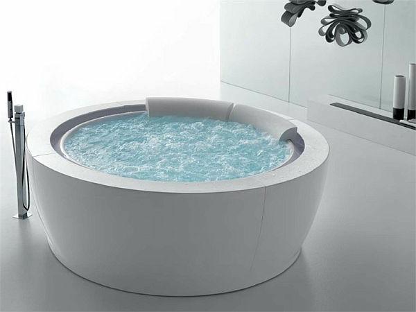 Whirlpools-für-Innen-modernes-Badezimmer
