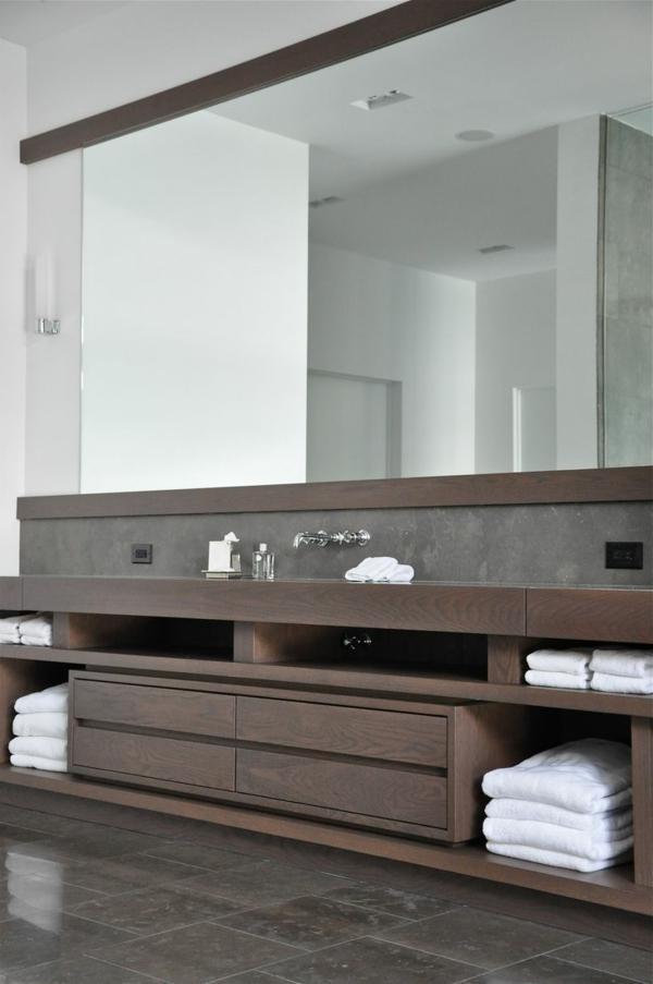aktuelle-Beispiele-für-ein-modernes-Badezimmer-mit-Holzschränken