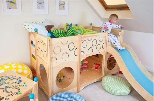 Kinderzimmer mit hochbett und rutsche 50 fotos for Kinderzimmer hochbett ideen