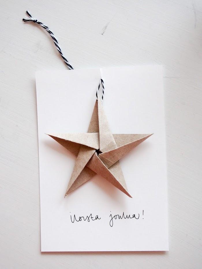 Weihnachtskarte leicht gemacht, Stern aus Karton aufkleben, handschriftliche Botschaft