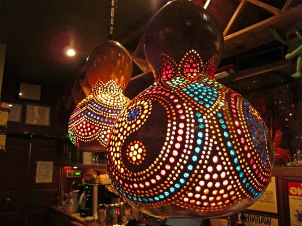 bunte-schöne-marokkanische-lampen