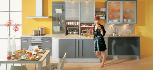coole-interessante-gelbe-küchen-wandfarbe