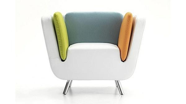 designer-Sessel-in-fantastischer-Farbe-