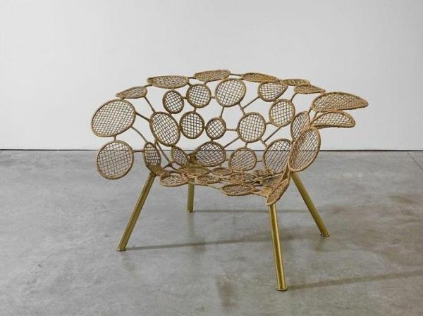 designer-Stuhl-mit-ultra-modernem-Design-