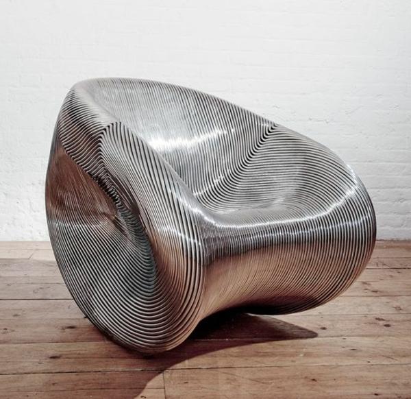 designer-Stuhl-mit-ultra-modernem-Design--originelle-Form