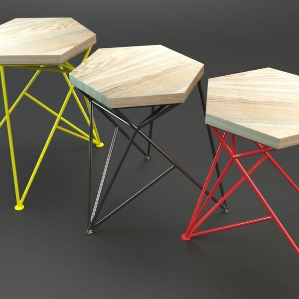 drei-coole-trendige-Hocker-in-verschiedenen-Farben-