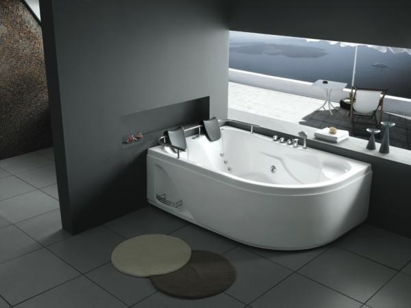 -elegante--moderne-Whirlwanne-für-Innen