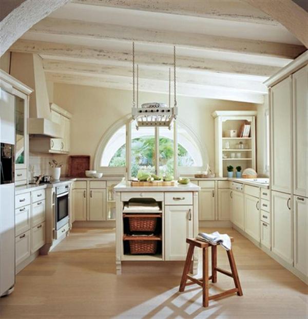 elegante-und-stilvolle--Wandgestaltung-mit-neutralen--Farben