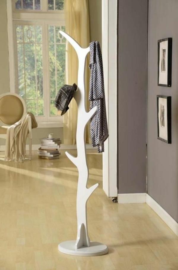 eleganter.Kleiderständer-mit-super-modernem-Design