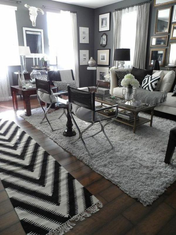 - elegantes-Wohnzimmer-in-Schwarz-und-Weiß