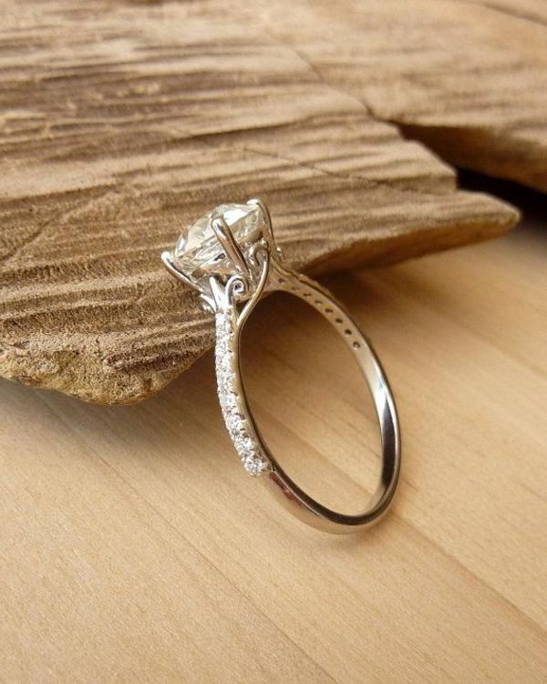 faszinierender-Verlobungsring-Design-Idee--