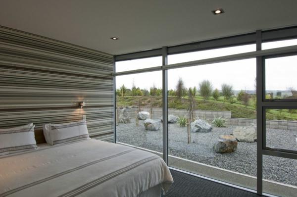 feng-shui-schlafzimmer-einrichten-wände-aus-glas