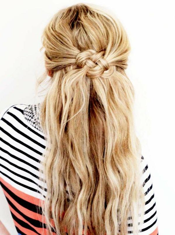 frisuren-für-lange-haare-blond-und-süß