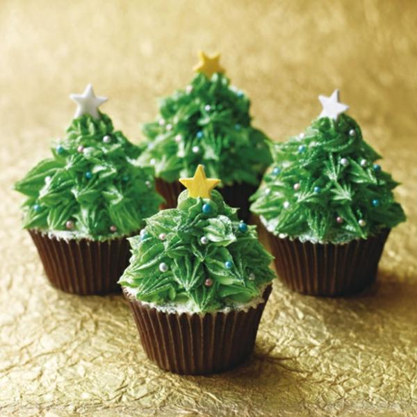 ganz-effektvolle-super-leckere-Cupcakes-für-Weihnachten