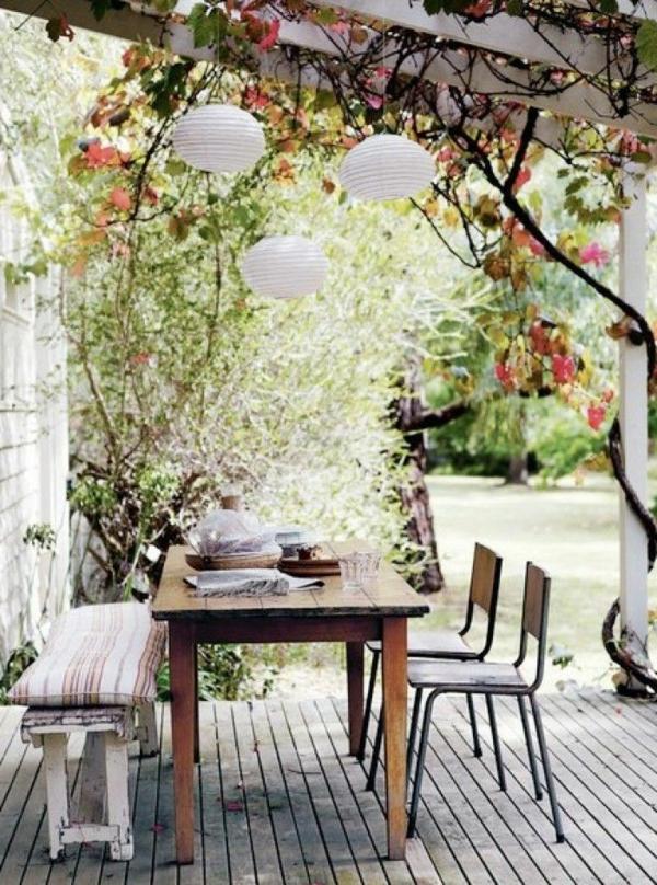 gartenbank-mit-tisch-schöne-gestaltung - sehr cooles und schönes bild