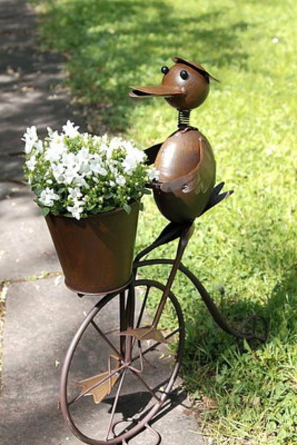 Gartendeko aus metall 25 auff llige bilder - Gartendeko fahrrad ...