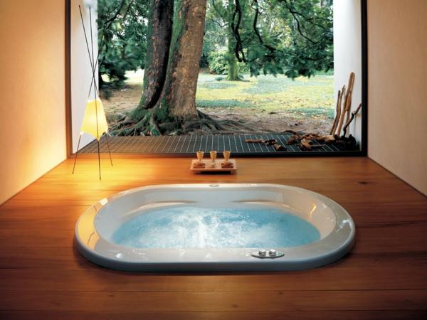 toller-Whirlpool-im-Badezimmer