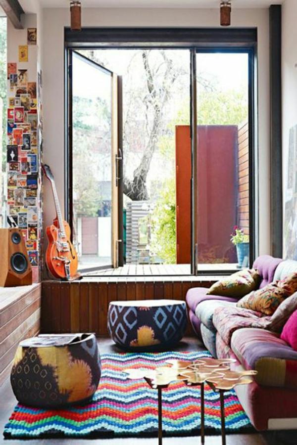 gestaltungsmöglichkeiten-für-wohnzimmer-bunte-farben - großes fenster