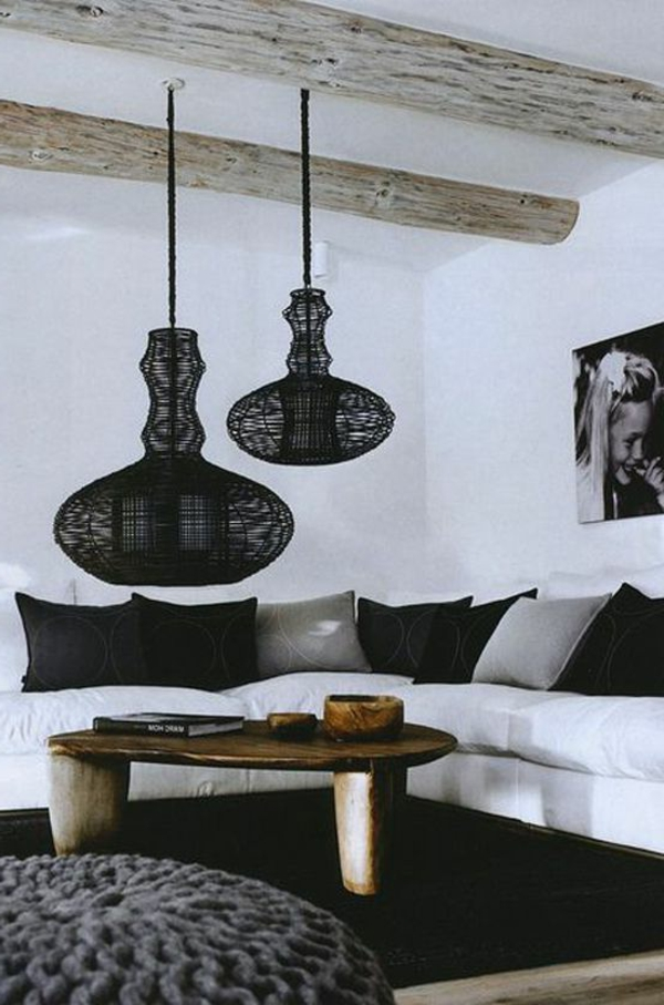 gestaltungsmöglichkeiten-für-wohnzimmer-schwarze-hängende-lampen - super cool