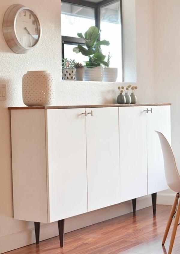 gestaltungsmöglichkeiten-für-wohnzimmer-weißer-schrank