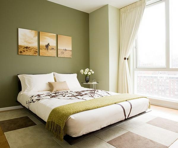 grüne-wandgestaltung-für-schlafzimmer-drei-bilder-an-der-wand