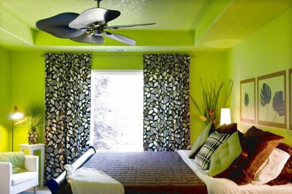 grüne-wandgestaltung-für-schlafzimmer-mit-gardinen