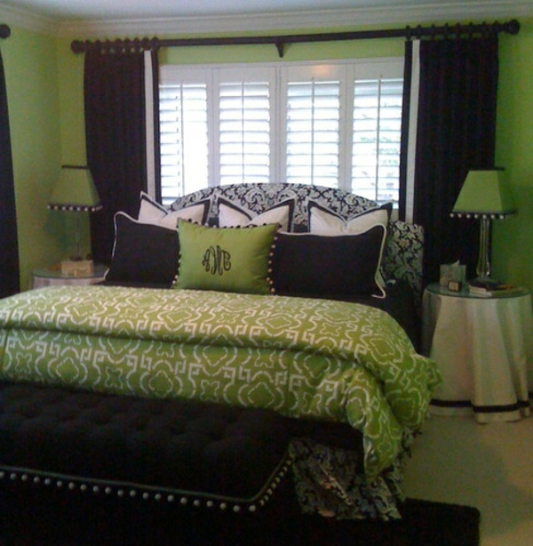 55 ideen f r gr ne wandgestaltung im schlafzimmer. Black Bedroom Furniture Sets. Home Design Ideas