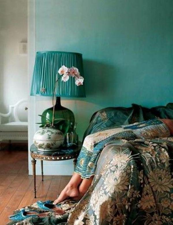 grüne-wandgestaltung-für-schlafzimmer-super-look