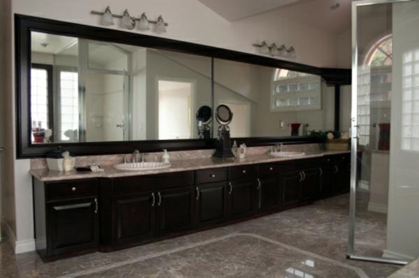 großes-design-vom-spiegel-im-bad