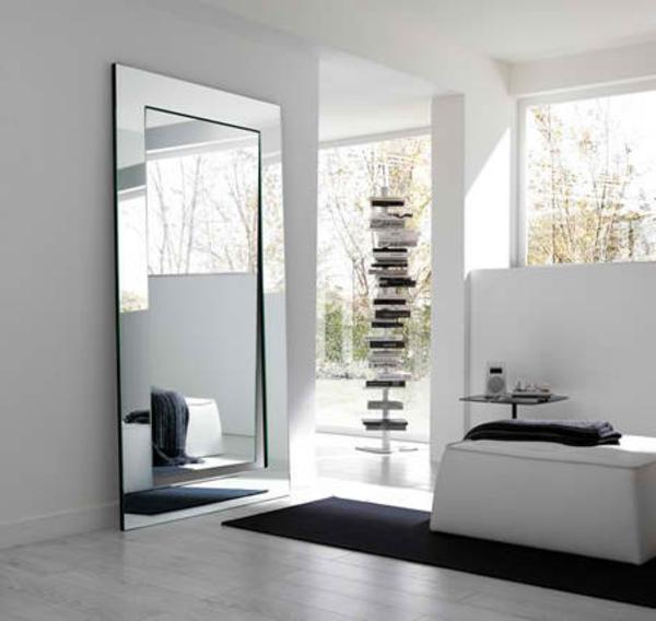 inspirierendes-beeindruckendes-badezimmer-mit-einem-designer-badspiegel