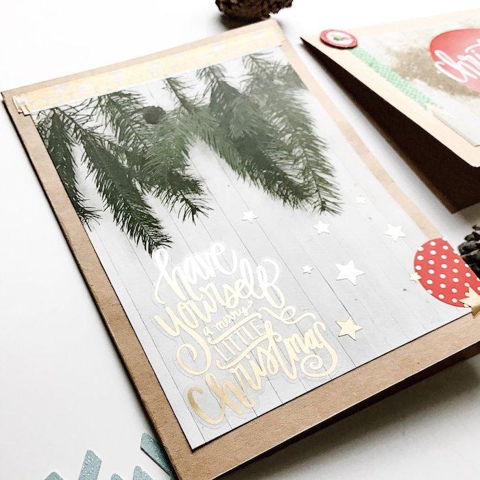 Personalisierte Weihnachtskarten selber machen, Tannenzweige und kleine goldene Sterne