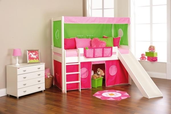 kinderzimmer mit hochbett und rutsche 50 fotos. Black Bedroom Furniture Sets. Home Design Ideas