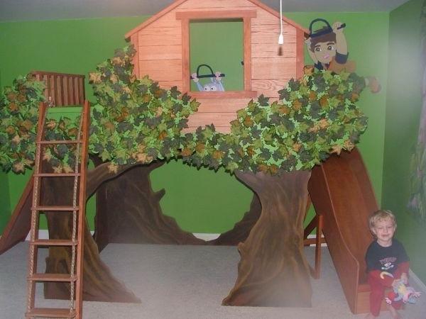 Kinderzimmer Mit Hochbett Und Rutsche Wie Wald Aussehen
