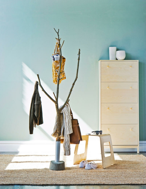 kleiderständer-aus-naturholz-tolles-design