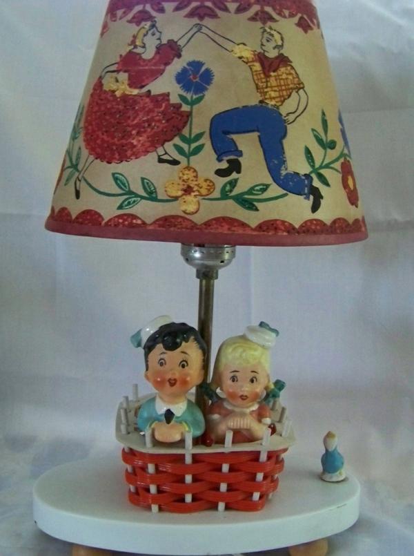 lampen-für-kinderzimmer-bunt-und-süß