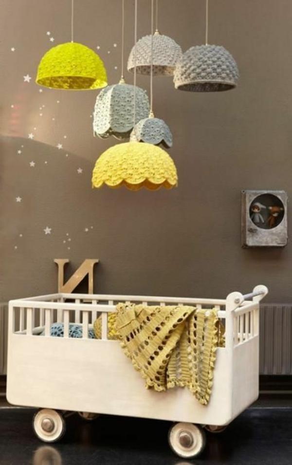lampen-für-kinderzimmer-grau-und-gelb