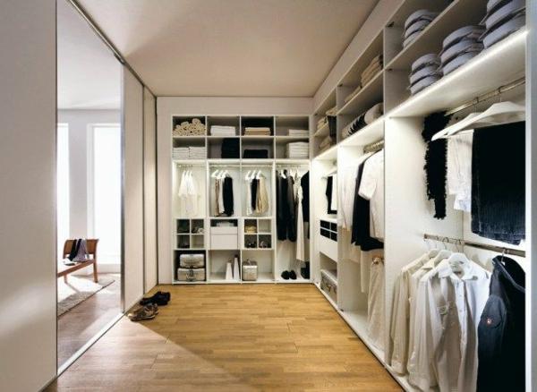 luxuriöse-Kleiderschränke-begehbar-für-Männer-