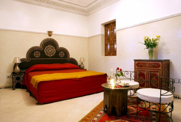 marokkanische-möbel-aristokratisches-bett