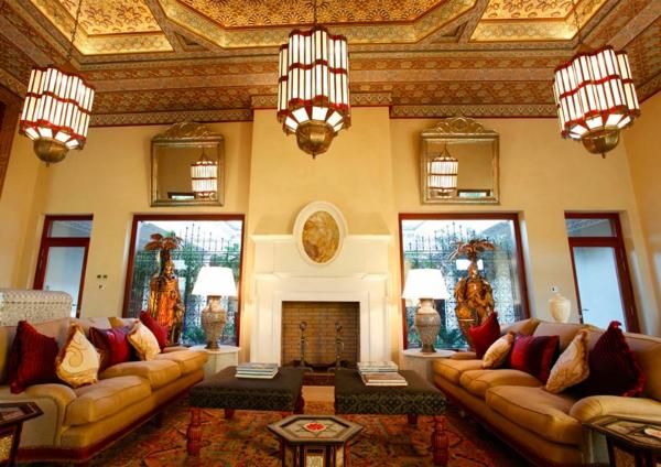 marokkanische-möbel-hohe-decke-im-zimmer