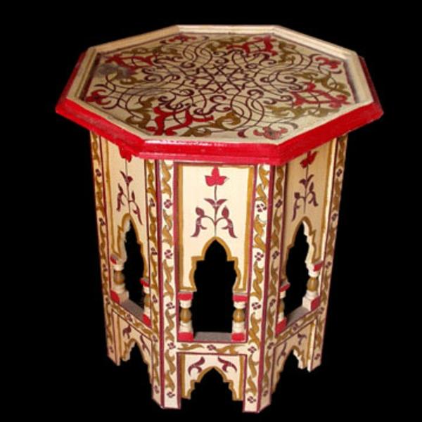 marokkanische-möbel-interessanter-tisch