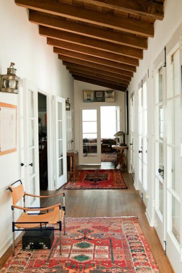 marokkanische-teppiche-im-interessanten-flur