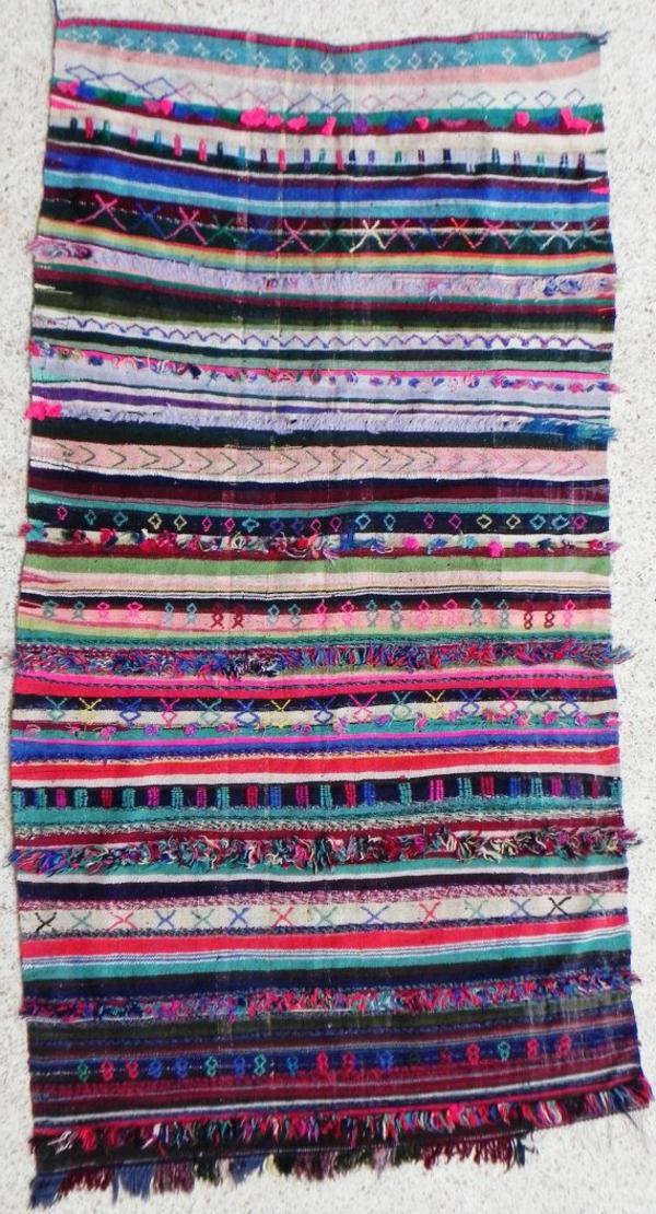 marokkanische-teppiche-viele-farben