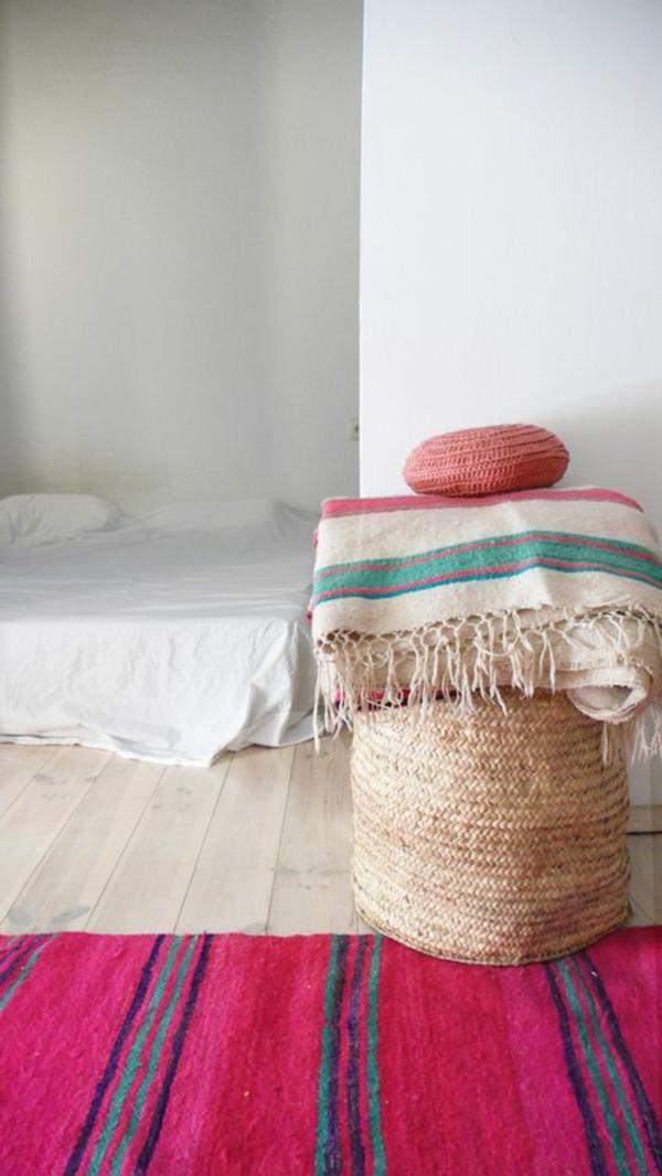 marokkanische-teppiche-zyklamenfarbe