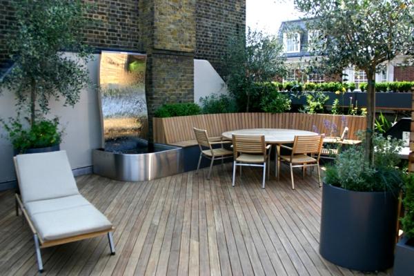 moderne-Terrassengestaltung-mit-Holzboden